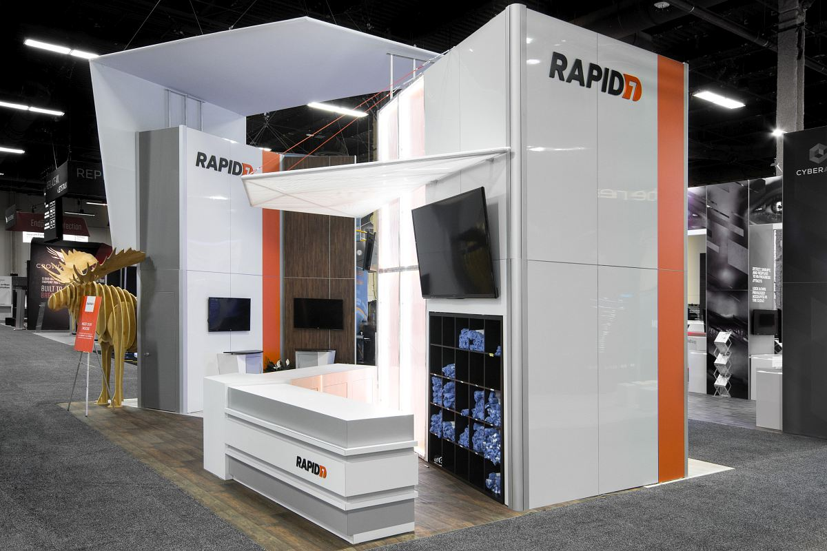 Exhibition Booth Photography : Exhibit trade show photography wild dog digital